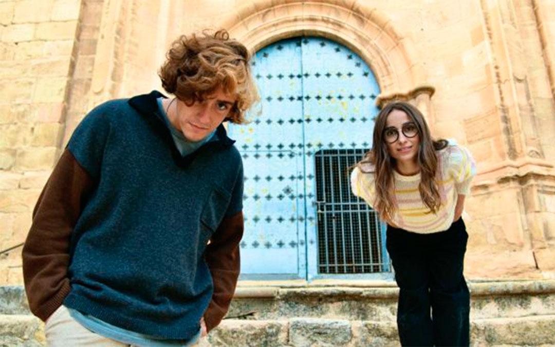 Guitarricadelafuente con Zahara en Cuevas de Cañart./ Movistar +
