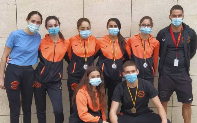 Primeras medallas para los nadadores bajoaragoneses en el nacional de salvamento y socorrismo