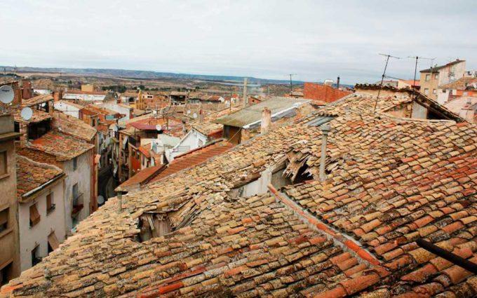 La Casa Bosque de Caspe busca fórmulas para rehabilitar el tejado