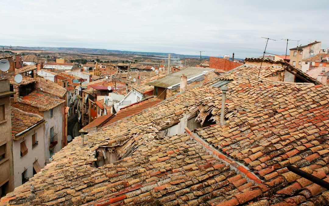 Imagen actual del tejado de la Casa Bosque de Caspe.