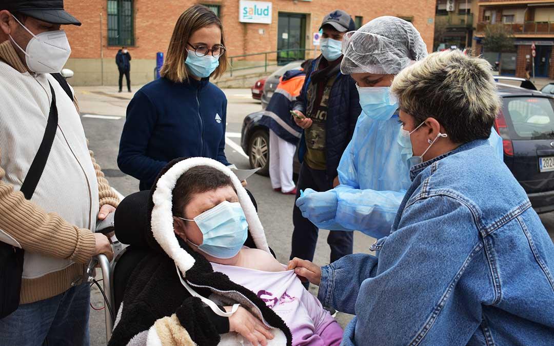 Concepción Lledó, de 57 años, dependiente, también ha recibido la vacuna. L.Q.V.