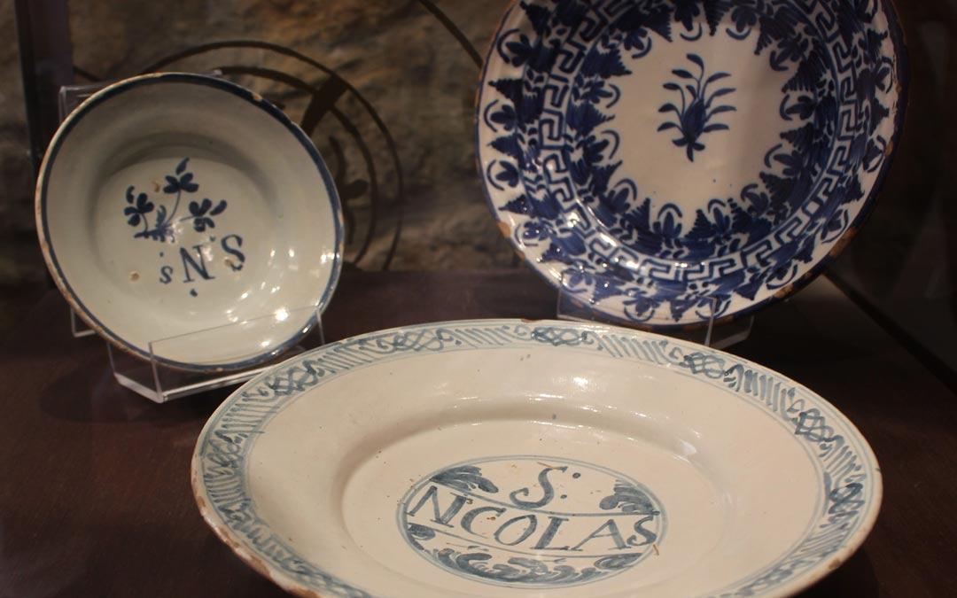 Muestra del material recopilado para la exposición de cerámica./Comarca Maestrazgo