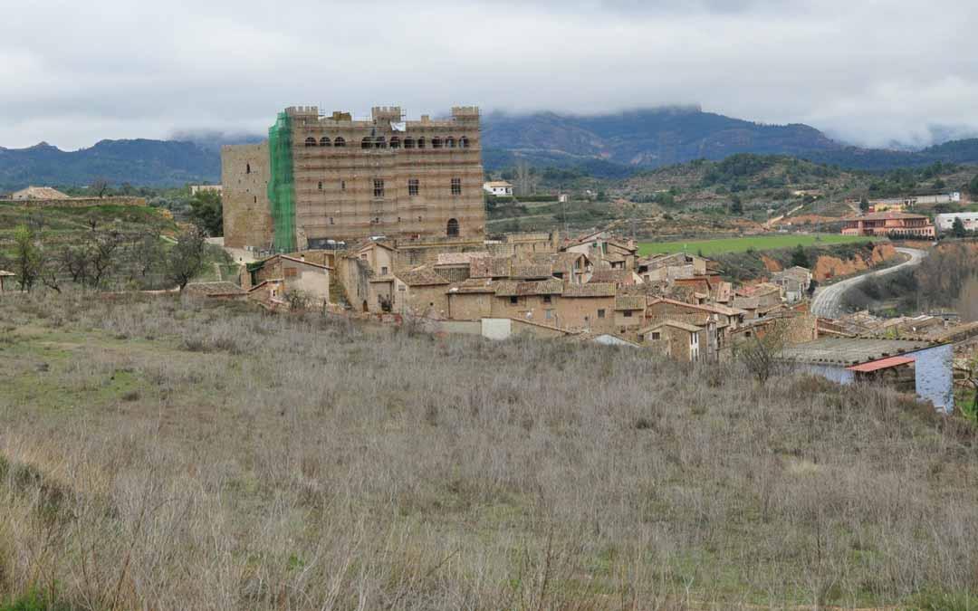 Imagen de los terrenos situados en la zona Noroccidental de Valderrobres en los que se construiría una urbanización./ De Luna