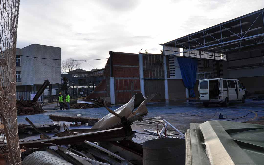Los trabajos de reconstrucción y de derribo de las partes afectadas comenzaron hace varios días y durarán 4 meses