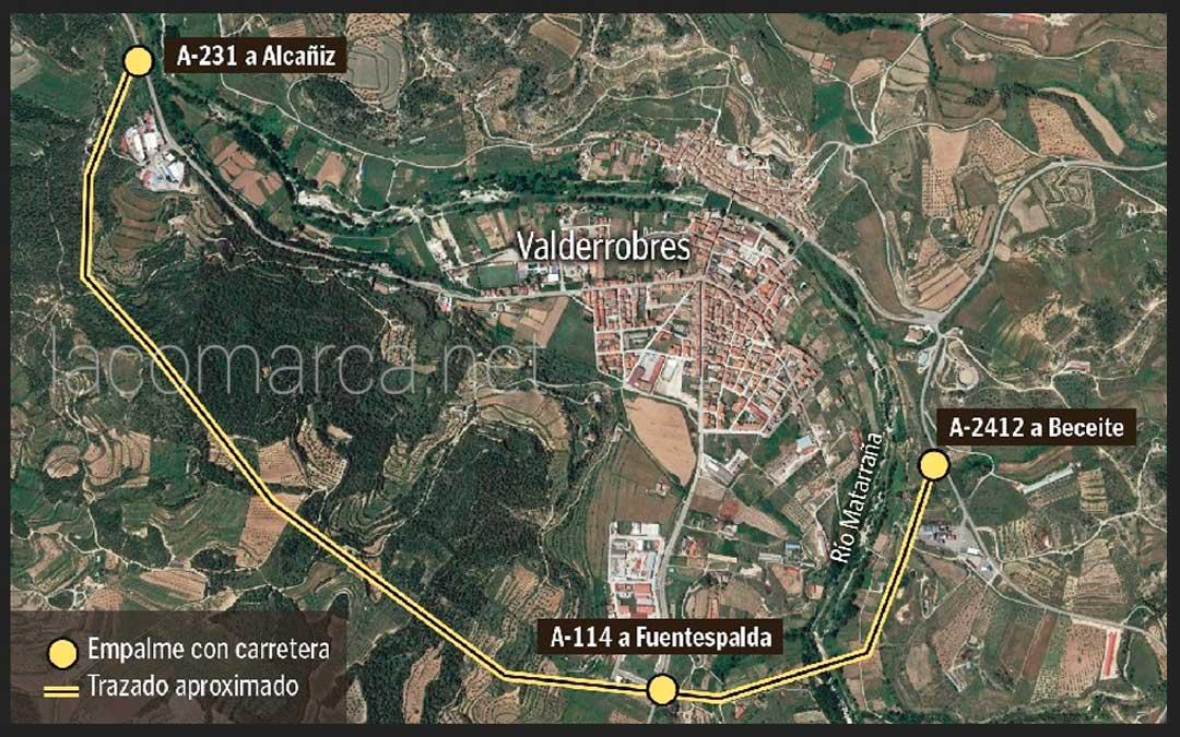 Trazado aproximado de la nueva variante de Valderrobres y que discurrirá a cierta distancia del casco urbano por el sur. l.c.