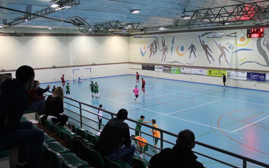 Momento del choque entre el Alcorisa y Sala Quinto tras el segundo gol de los locales. / B. Severino