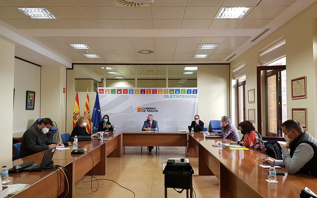 Renión del Gobierno de Aragón con las organizaciones agrarias. / DGA