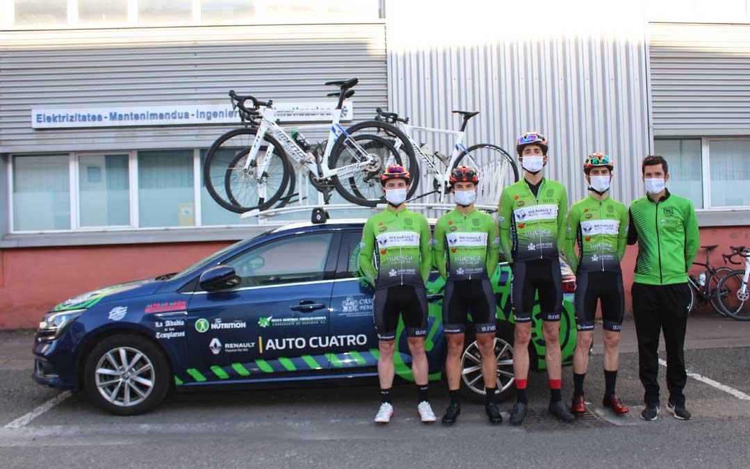 Los cuatro componentes del equipo oscense que participaron en la prueba. Foto: C.C.O.