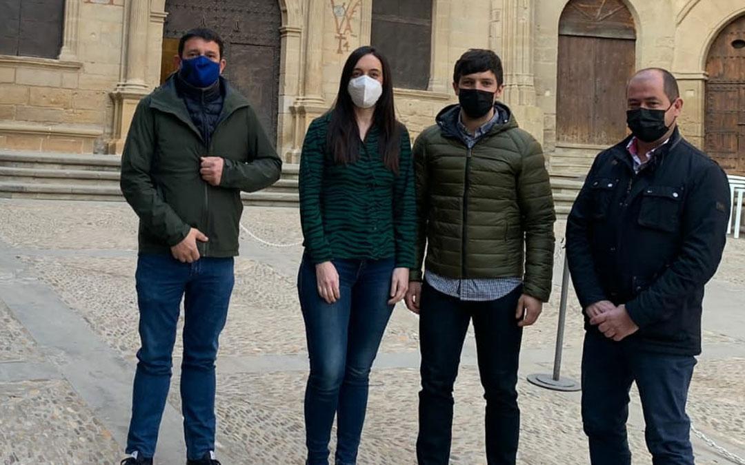Cuatro de los cinco representantes del PP en el Ayuntamiento de Alcañiz / PP