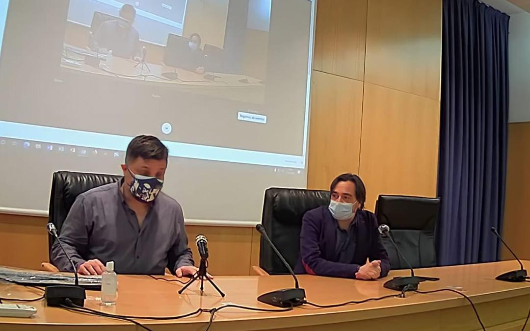 El presidente del CEBM, José Ángel Guimerá, y el director del Instituto de Estudios Turolenses, Nacho Escuín, en la presentación en Zaragoza. / CEBM
