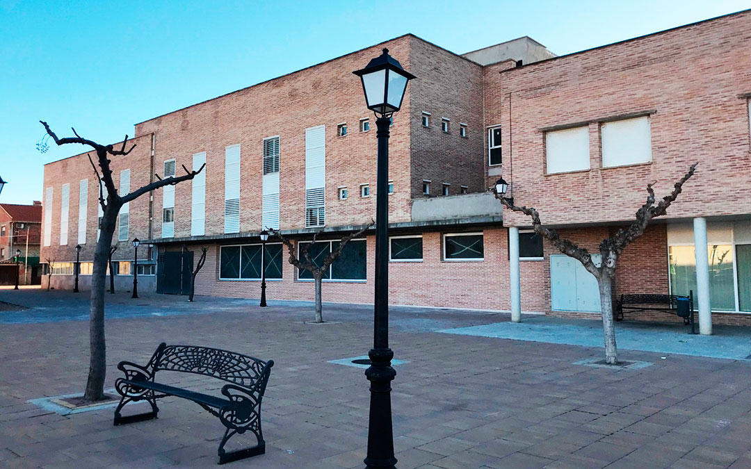 Aspecto actual del edificio que albergará la residencia de mayores a partir de 2022, en el centro de Maella.