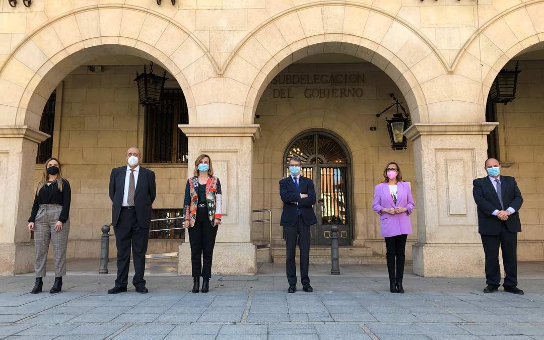 Visita del secretario de Estado de Telecomunicaciones e Infraestructuras Digitales, Roberto Sánchez, este jueves a Teruel./ DPT