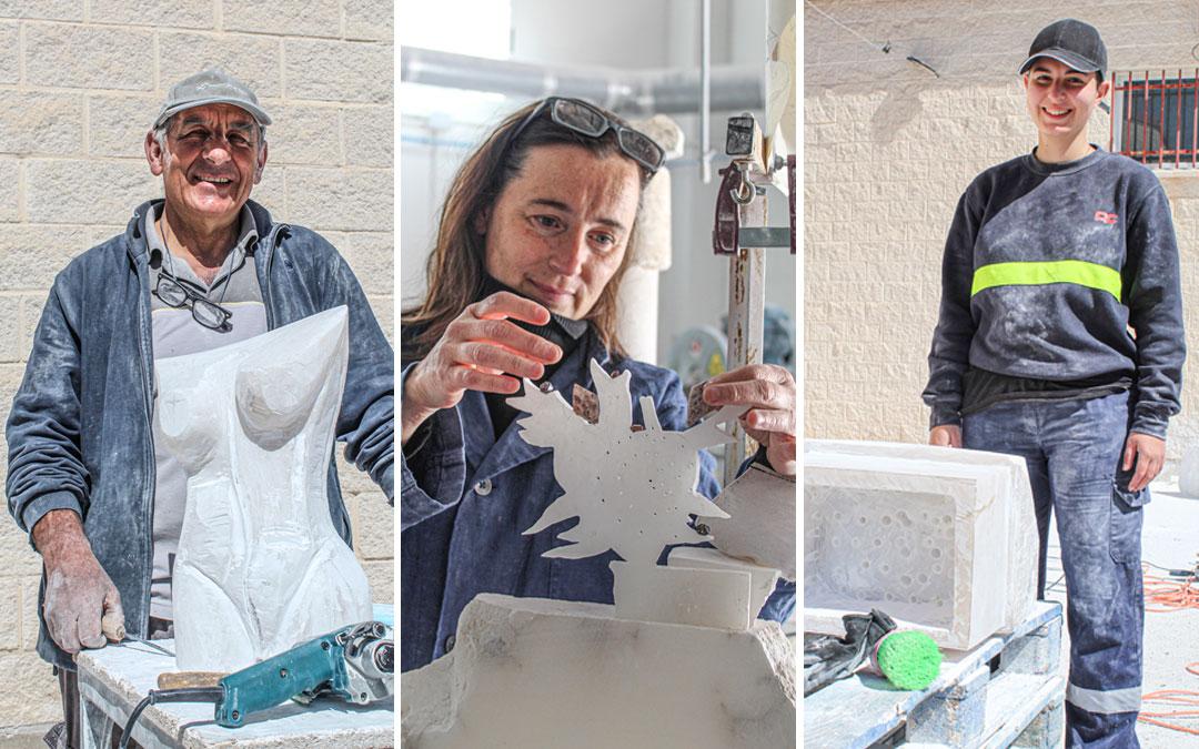 Manuel Cirujeda, Joana Cera Bernad y Elena García Patón posan con sus obras en proceso en Albalate. / B. Severino
