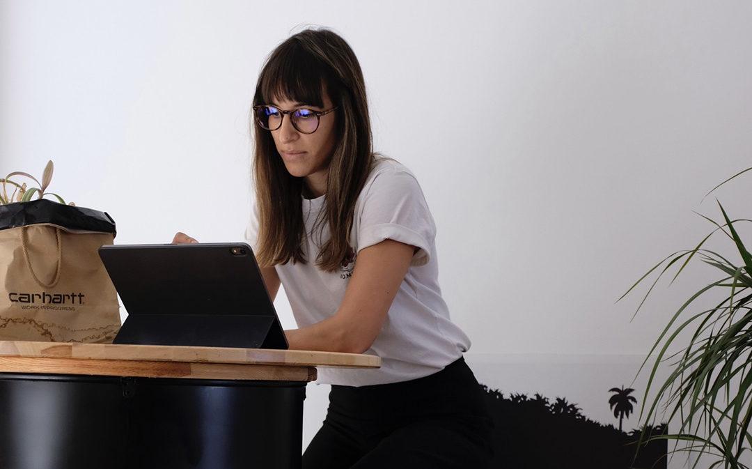 Ángela Pérez y el arte de decirlo todo con una imagen