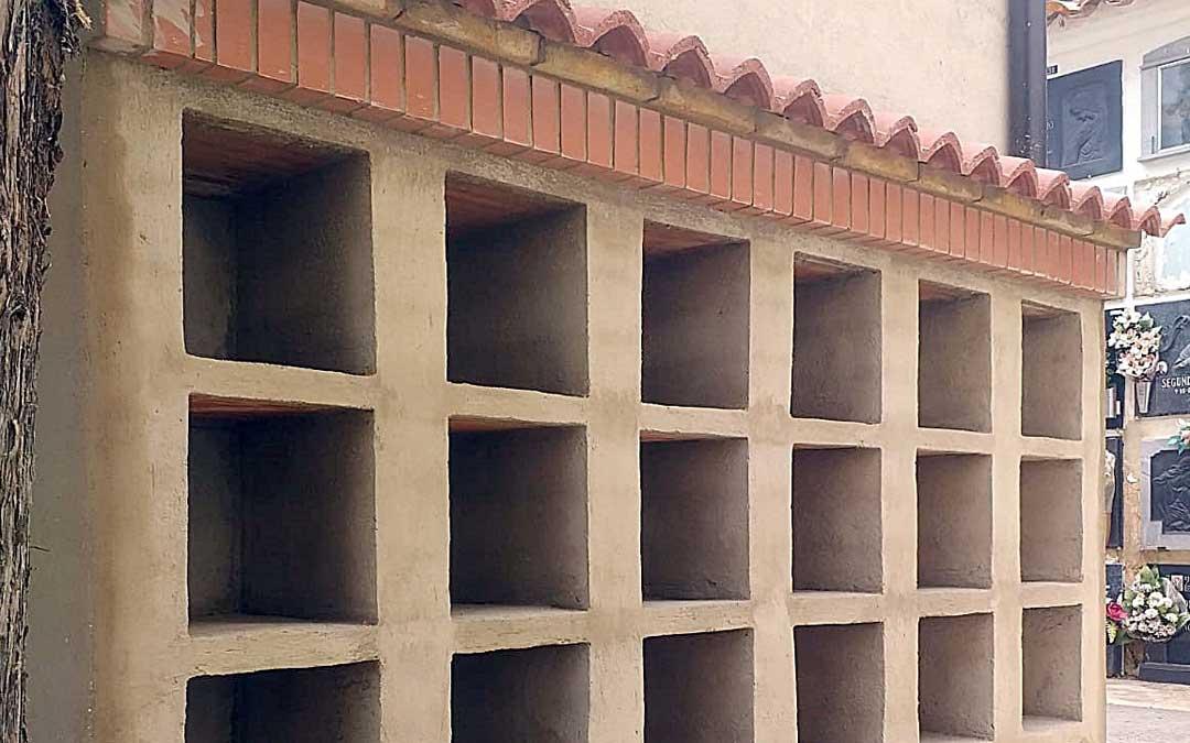 Los nuevos columbarios construidos en el cementerio de Utrillas. Foto: Ayto. Utrillas