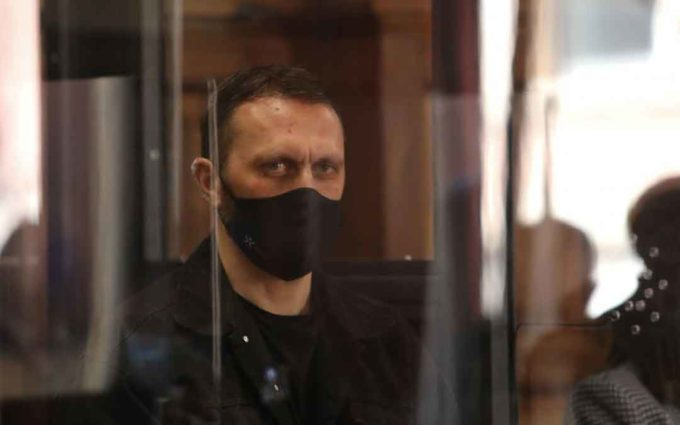 Feher persiguió a Iranzo y mató a los agentes para «salvar» una Biblia