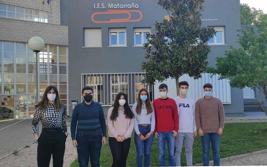 Los alumnos presentaron las conclusiones de este nuevo proyecto. IES Matarraña.
