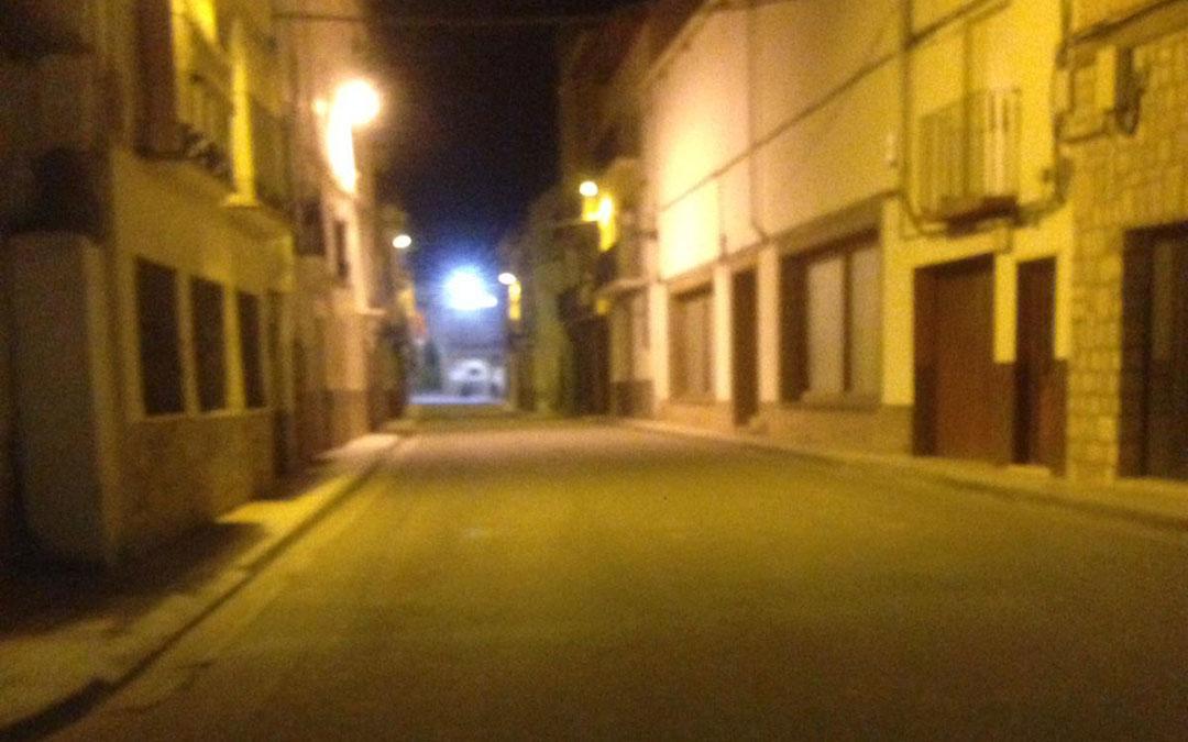 El centro de La Puebla completamente desierto a medianoche. / S.B.