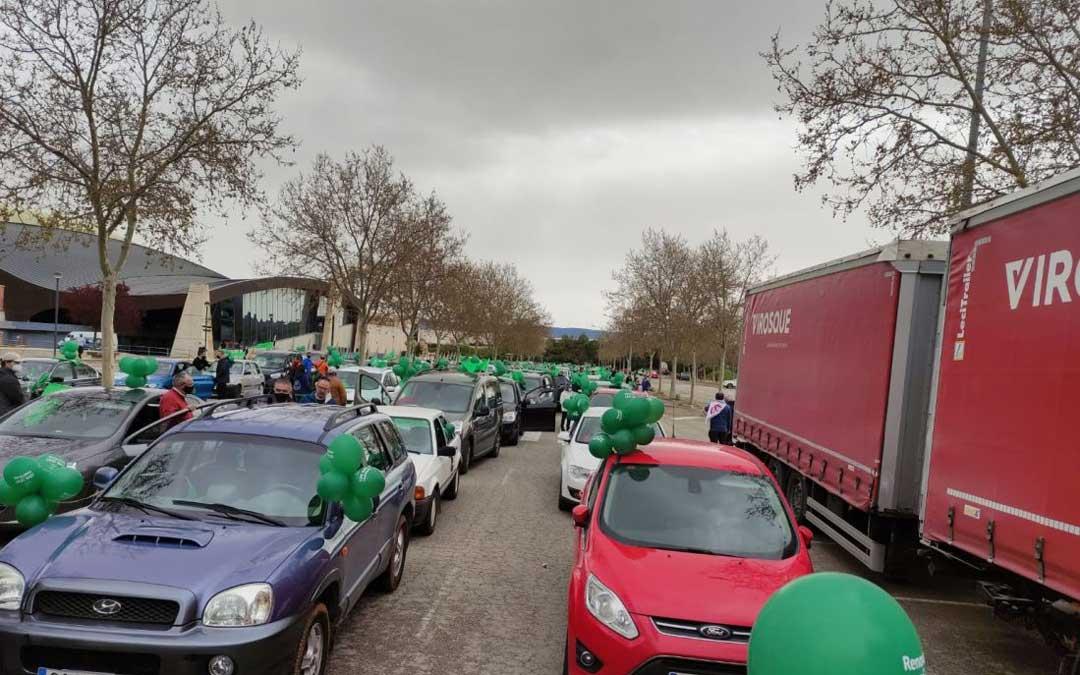 Caravana a Teruel por las 'Renovables sí, pero no así'. / Teruel Existe