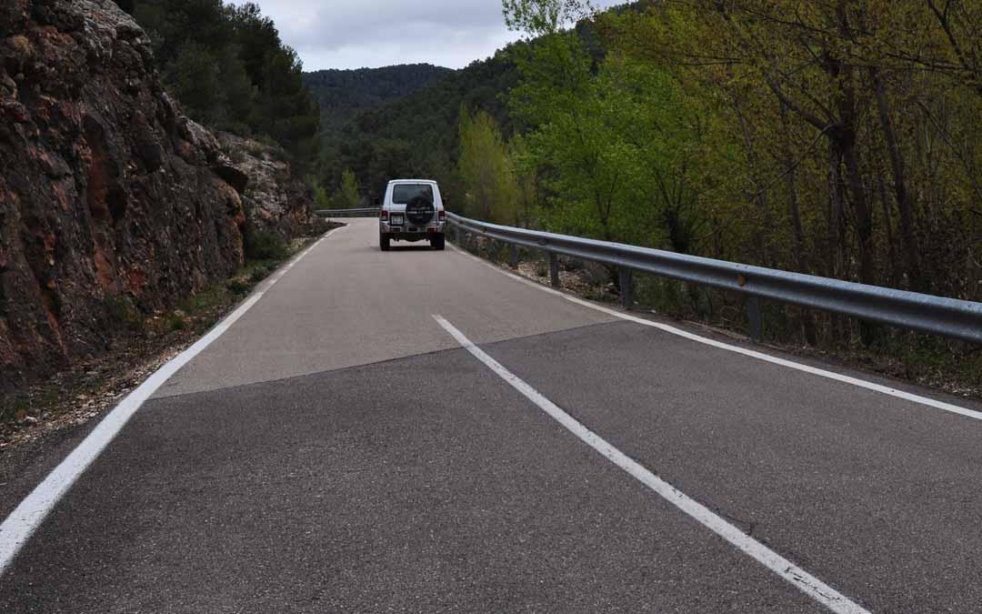 El tramo castellonense está acondicionado, sin embargo a partir del límite provincial, el tramo turolense presenta varias deficiencias. J.L.