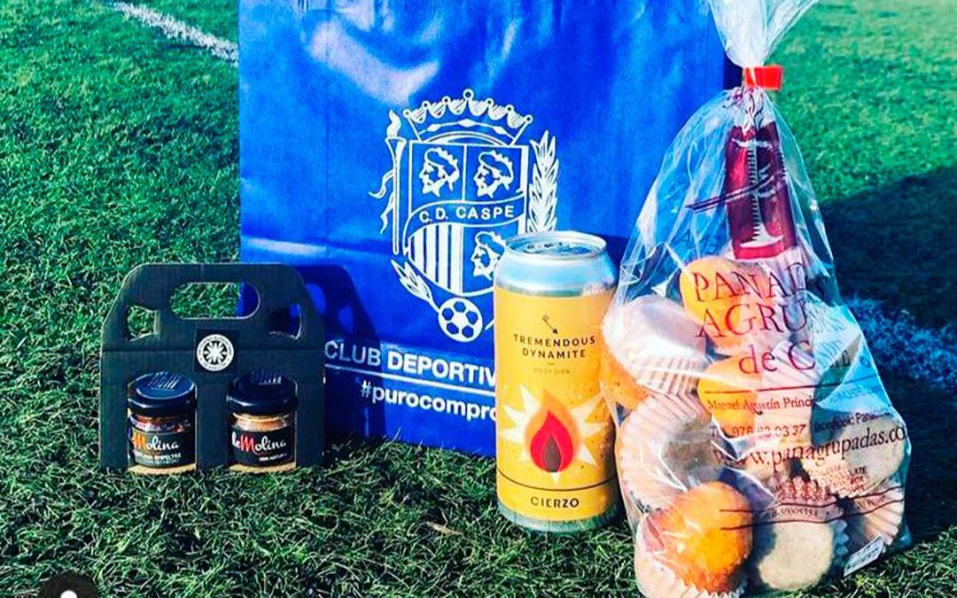 Algunos de los productos de la cesta que se va a sortear. CD Caspe