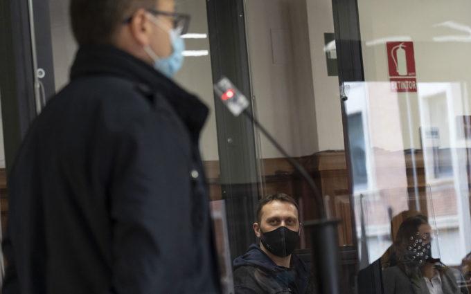 Los agentes que detuvieron a Feher: «Tenía un cartucho preparado para disparar en la pistola»
