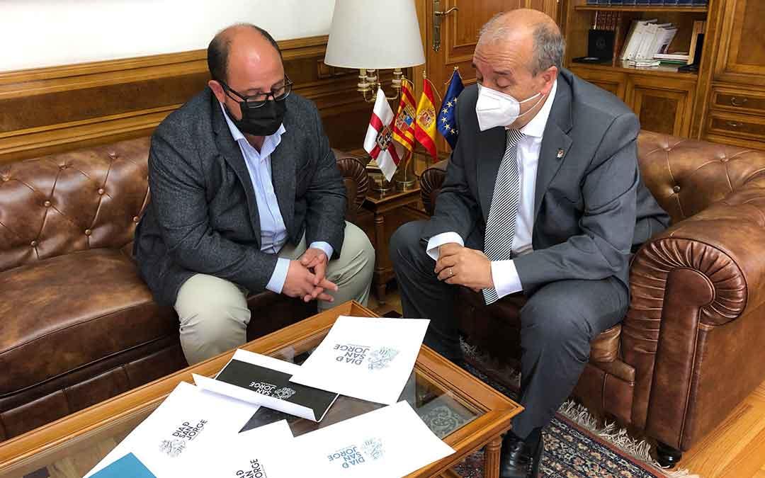 El vicepresidente Izquierdo y el presidente Rando. / DPT