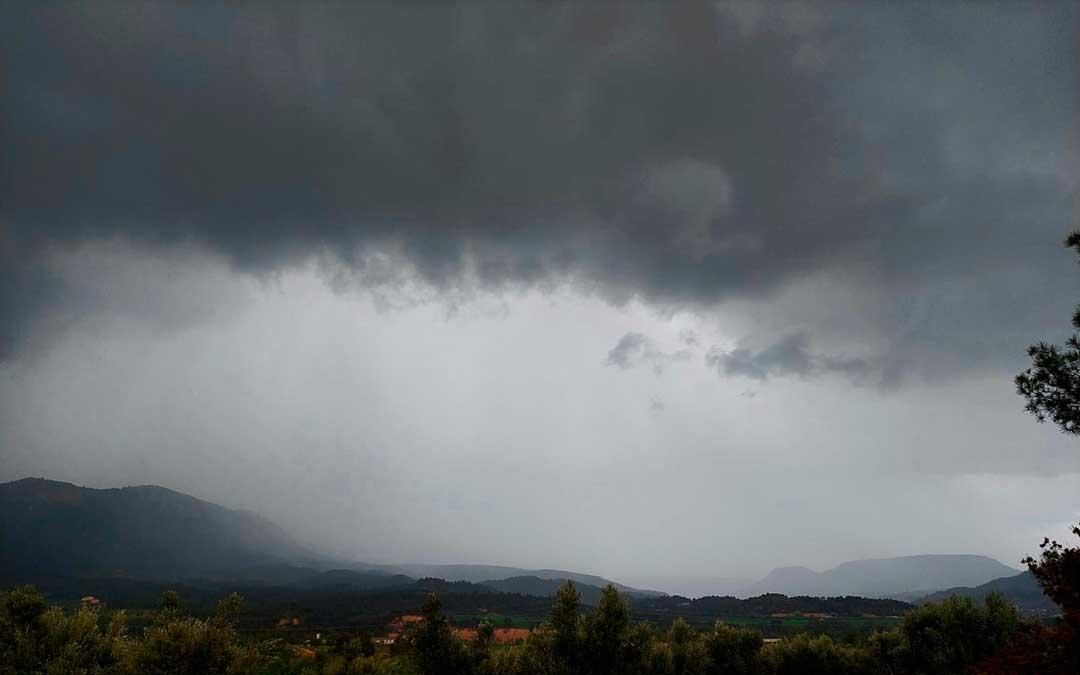 La tormenta ha barrido de Oeste a Este el territorio. Javier de Luna.