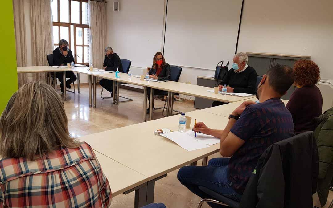 Mayte Pérez se ha reunido con la Comarca del Matarraña, con los Empresarios y con Grupo Arcoiris.