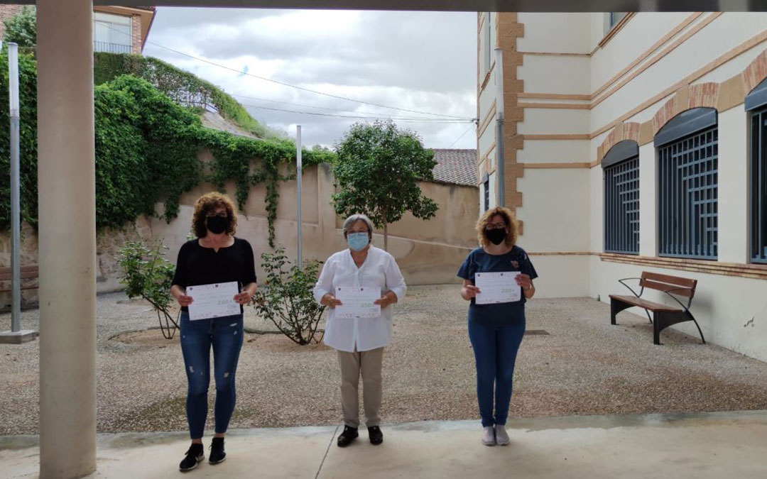 Las tres ganadoras Elisa Sanz, Camen Guiral y Mari Carmen Soler. / Alicia Martin