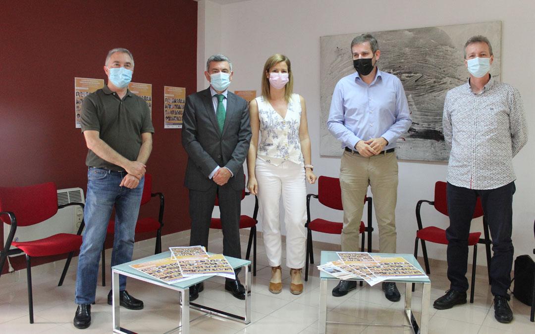Blesa, Espinosa, Defior, Urquizu y Martín-Albo, en la presentación del curso 2021. / B. Severino