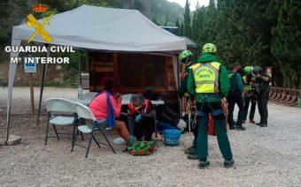 La Guardia Civil rescata ilesa a una senderista tras llevar 18 horas extraviada en el Parrizal de Beceite