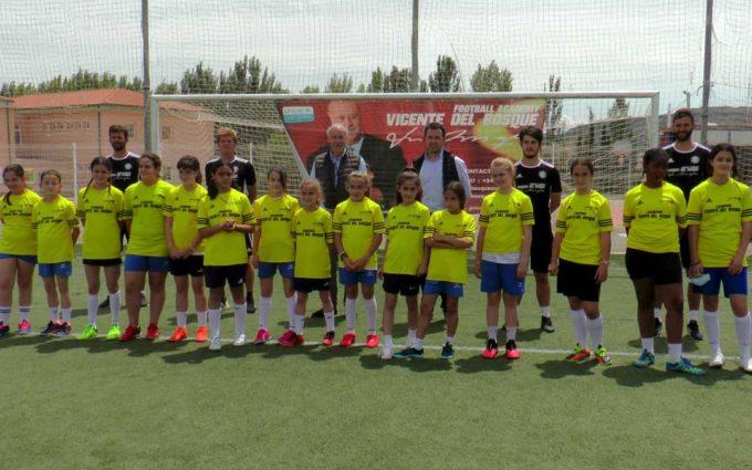 Vicente del Bosque y los técnicos de la Football Academy ofrecen en Calanda una masterclass de talla mundial