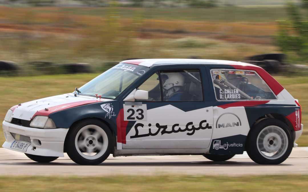 El zaragozano Carmelo Callén a los mandos de un Citroën AX. Foto: FADA