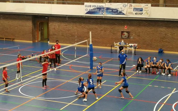 El equipo alevín del Club Voleibol Alcañiz se clasifica para disputar la final del Campeonato de Aragón