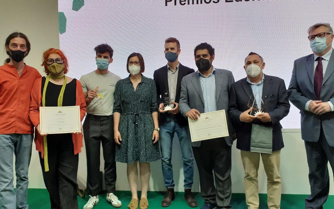 Nominados y premiados junto al diputado de Turismo de DPT, Diego Piñeiro, y la presidenta de Andorra Sierra de Arcos, Marta Sancho. /DPT