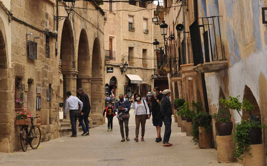 Los grupos familiares y de amigos de Zaragoza y del resto de Aragón han sido mayoritarios en localidades como La Fresneda. J.L.