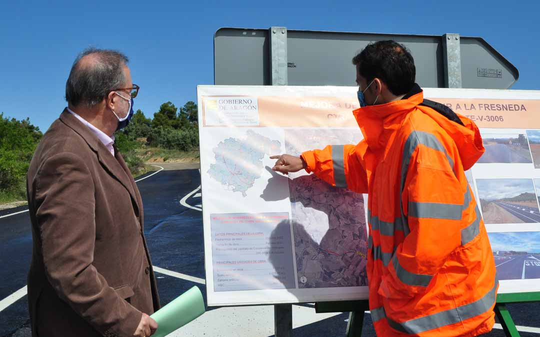 Raúl Moya técnico de conservación del Sector Norte ha sido el encargado de ofrecer los detalles de las obras. J.L.