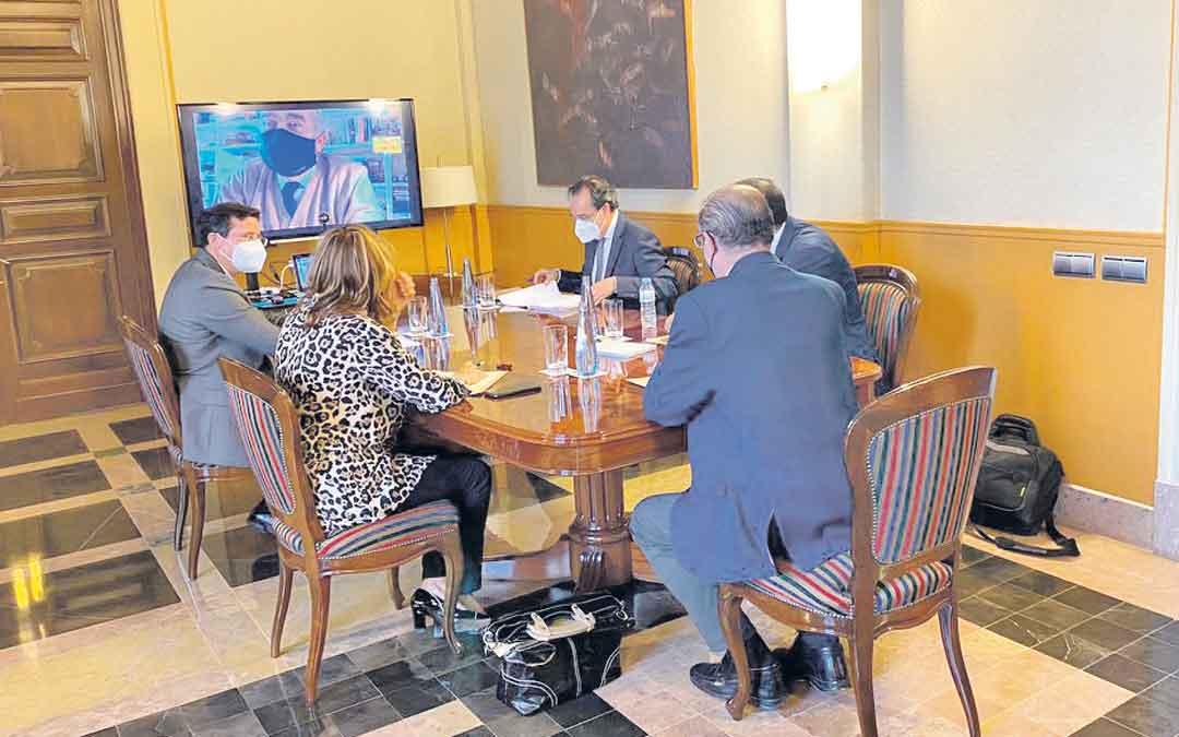 Reunión este miércoles entre Gobierno de Aragón y Endesa. /TWITTER