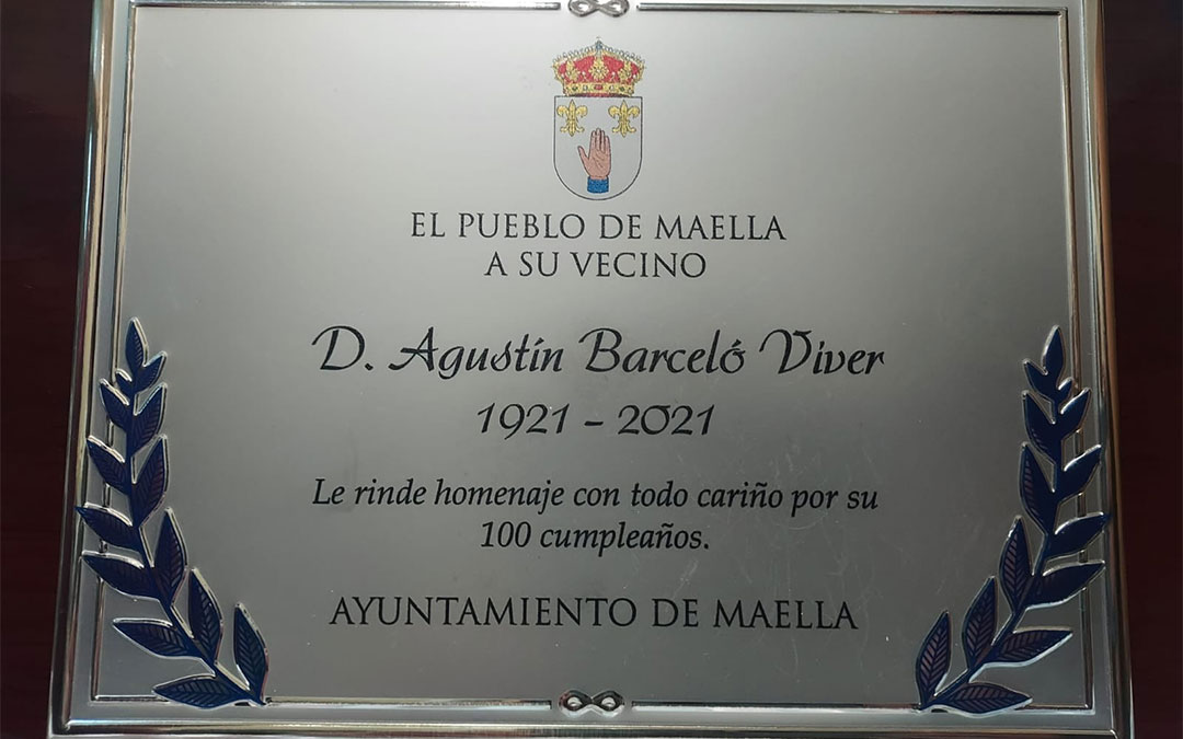Placa de homenaje para Agustín Berceló./ Facebook del Ayuntamiento de Maella