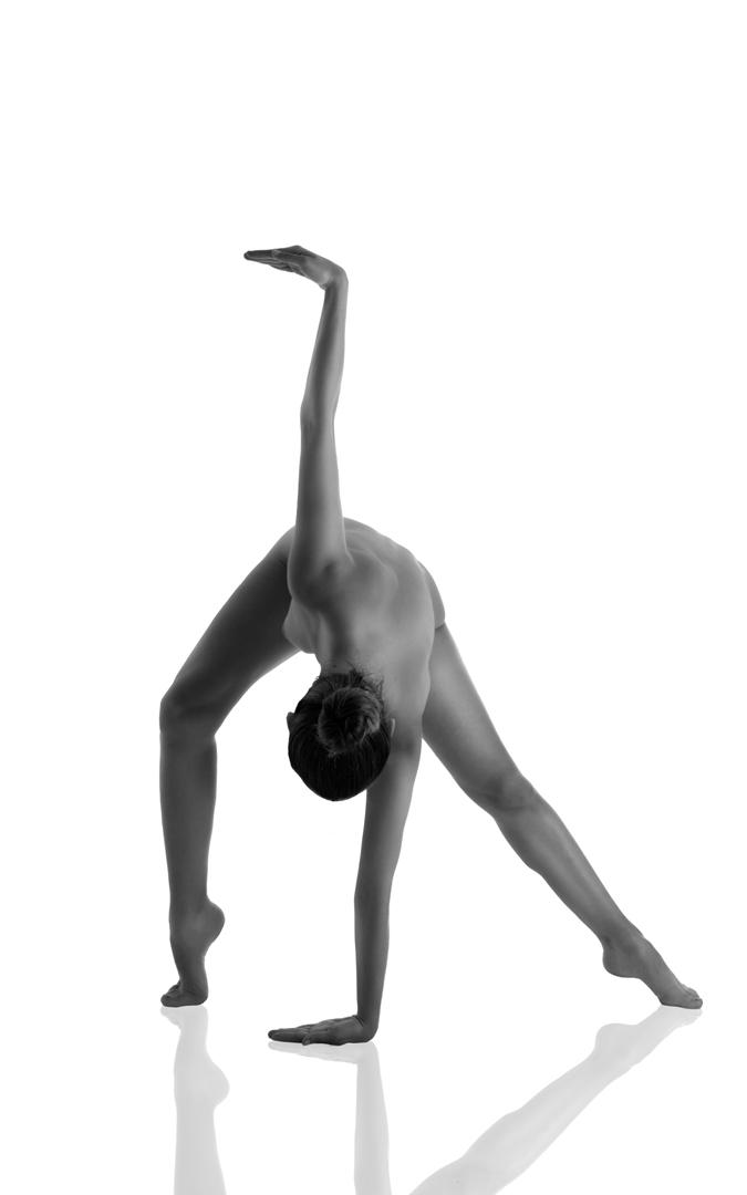 El desnudo artístico es una de sus apuestas. / Haluro de plata