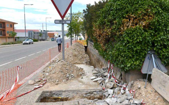 El Ayuntamiento de Alcañiz instala la red de saneamiento en un tramo de la carretera Zaragoza
