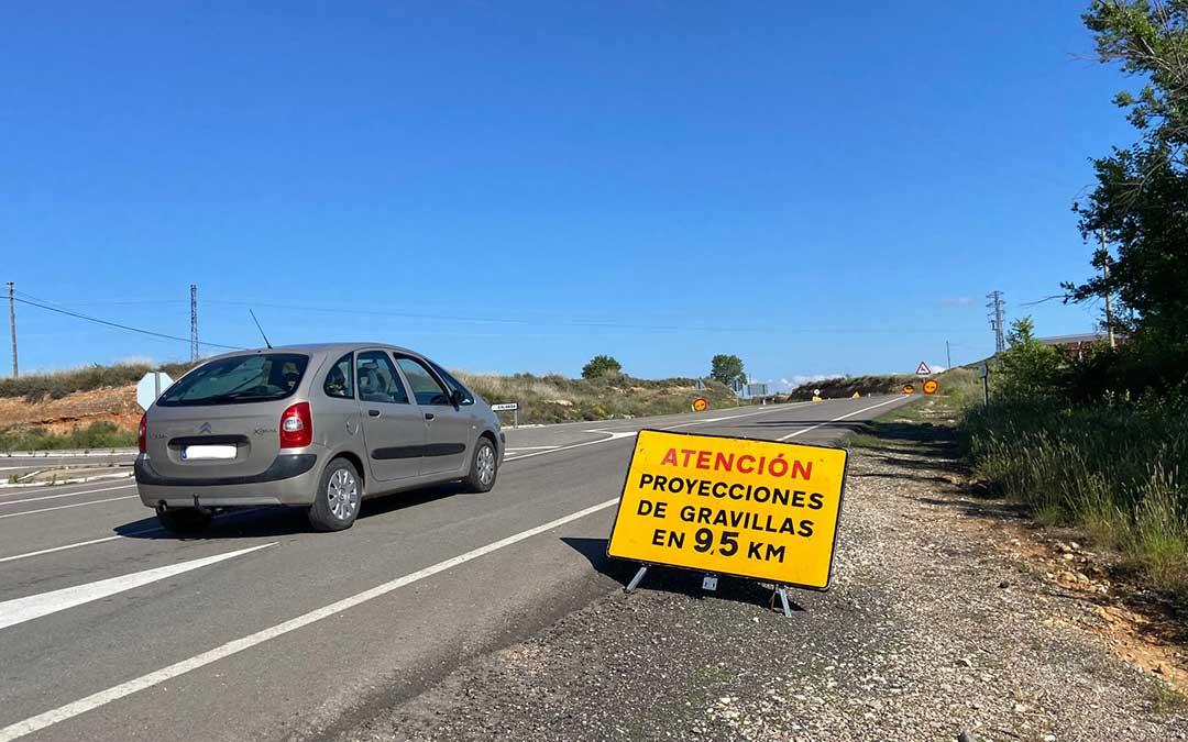 Un vehículo a la salida de Andorra, justo donde comienza el tramo en obras de la A-223./ A.M.