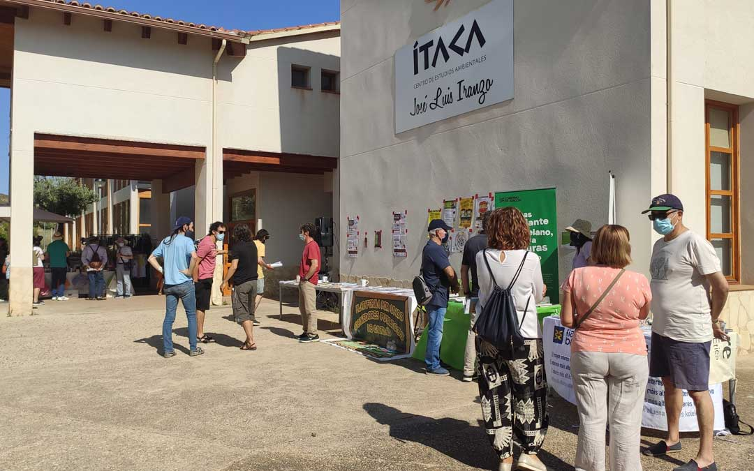 El encuentro anual de la ECORED de Aragón ha contado también con un agromercado / Ayto. Andorra