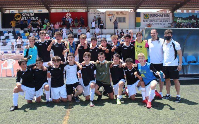 El cadete del Alcañiz C.F. se proclama campeón de Liga