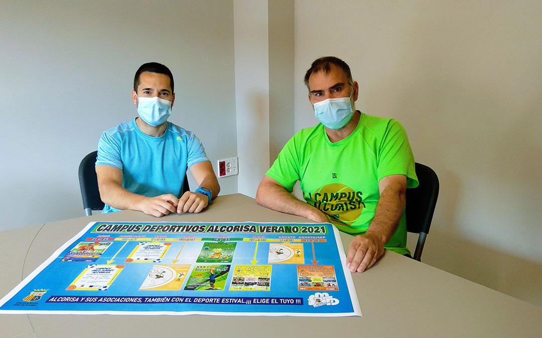 El concejal de Deportes, Carlos Yeguas, y el coordinador del Servicio Municipal, Alejandro Belenguer. / Ayto. Alcorisa