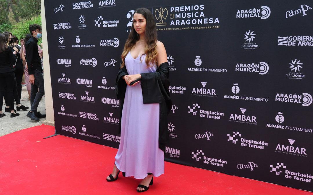 La artista alcañizana Anaju ha recibido el premio a la Mejor Solista. J.L.