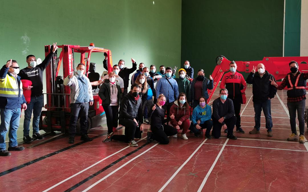Foto de grupo de los alumnos del último curso que finalizó la semana pasada. / ENDESA