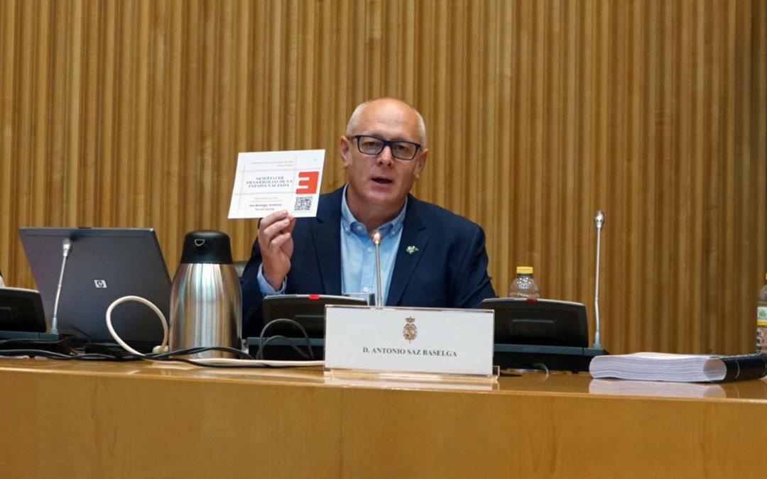 Antonio Saz, de Teruel Existe, en el Congreso de los Diputados./