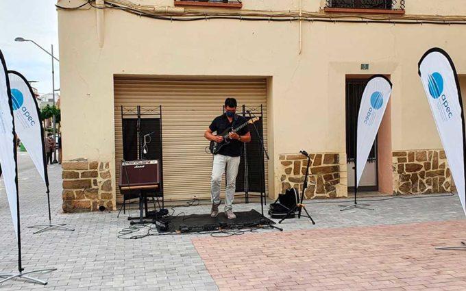 Música en vivo, coctelería y taller de aceites esenciales este viernes en Caspe con la campaña APEC Revolution